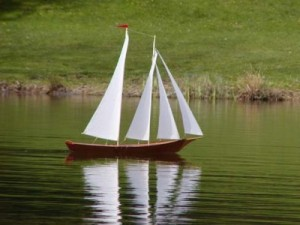 radio controlled wooden schooner kit